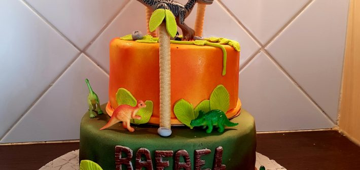 Gâteau dinosaure
